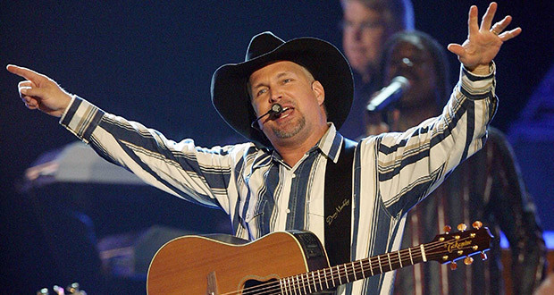 Garth Brooks World Tour 2014