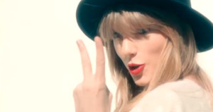 "VIDEO: Taylor Swift ""22″"