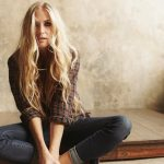 Ny video fra Holly Williams