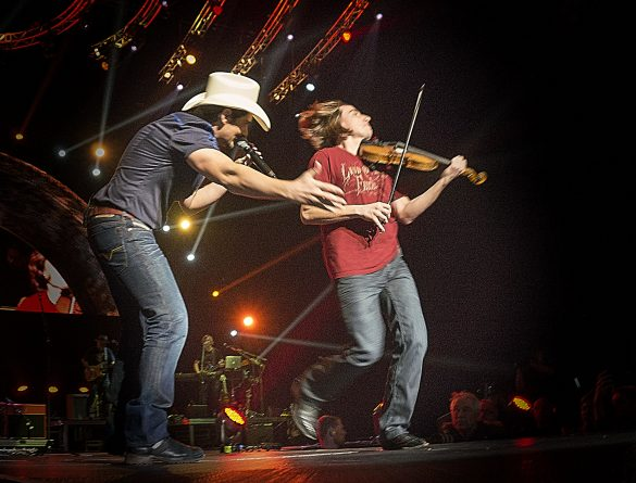 Brad Paisley & Justin Williamson, Oslo Spektrum 22/3/14